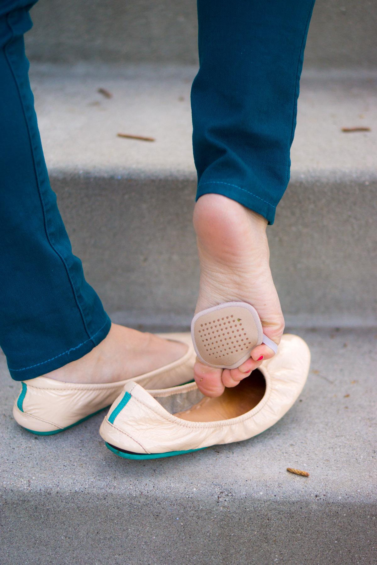 d66ded41af64 How to Wear Ballet Flats to Work | Sheec SockShion + Tieks Ballet Flats