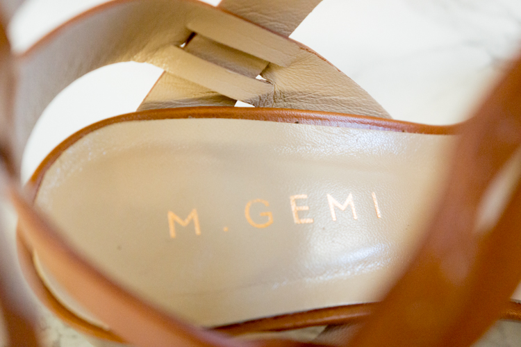 The BEST block heel sandals - M. Gemi Attorno Sandal Review. Heard of this Italian shoemaker but not sure if you want to take the splurge on these high-quality Italian craftsmanship shoes? Here I review this M. Gemi brand and my thoughts on their Attorno block heel sandal in taupe gray and spice brown 35.5 size. Click to read more or pin and save for later!