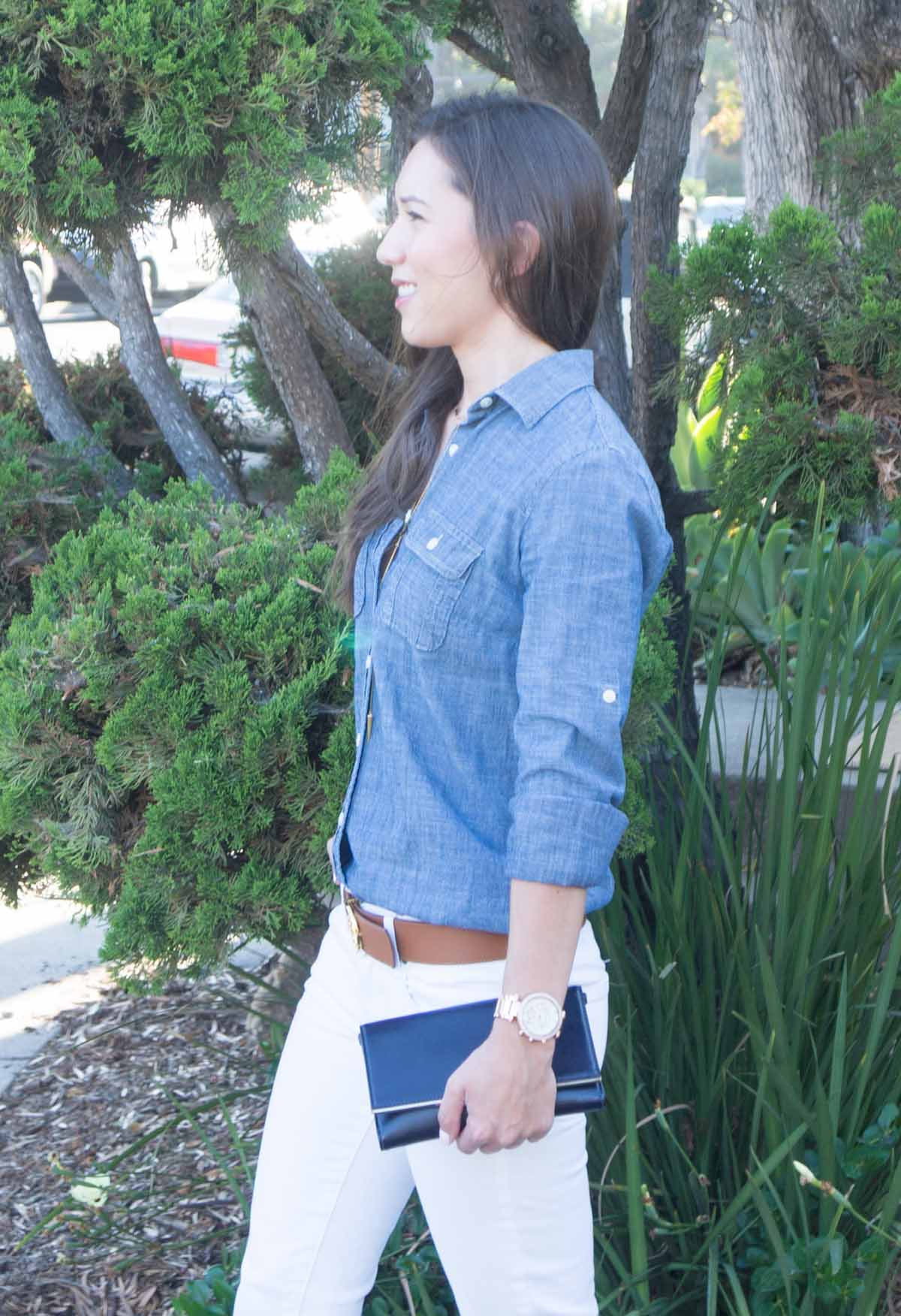b6d0f505550 How to Style a Chambray Shirt