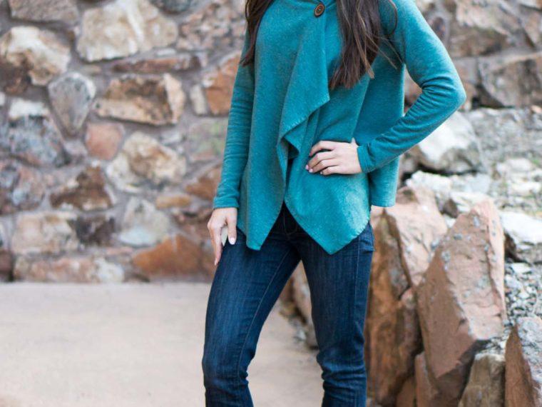Wardrobe Essentials: Bobeau Fleece Wrap Cardigan Review | Petite cardigan | Best versatile stylish cardigan sweater |Honest Nordstrom Bobeau