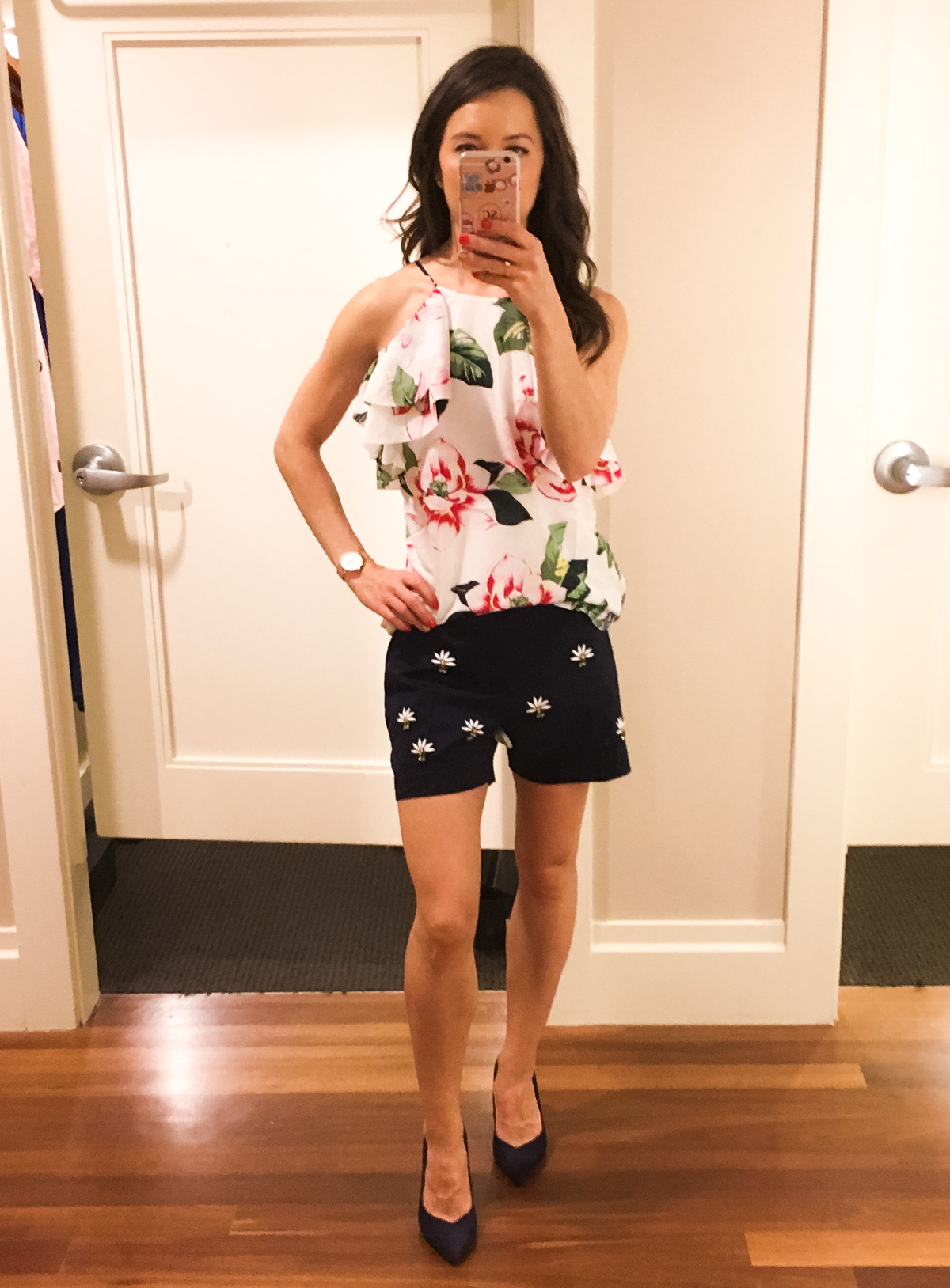 Best Banana Republic summer collection 2017 outfit inspiration   Petite fashion & style   Floral print   embellishment shorts   One shoulder ruffle dress   Tanner Market Pasadena CA   Ryan shorts
