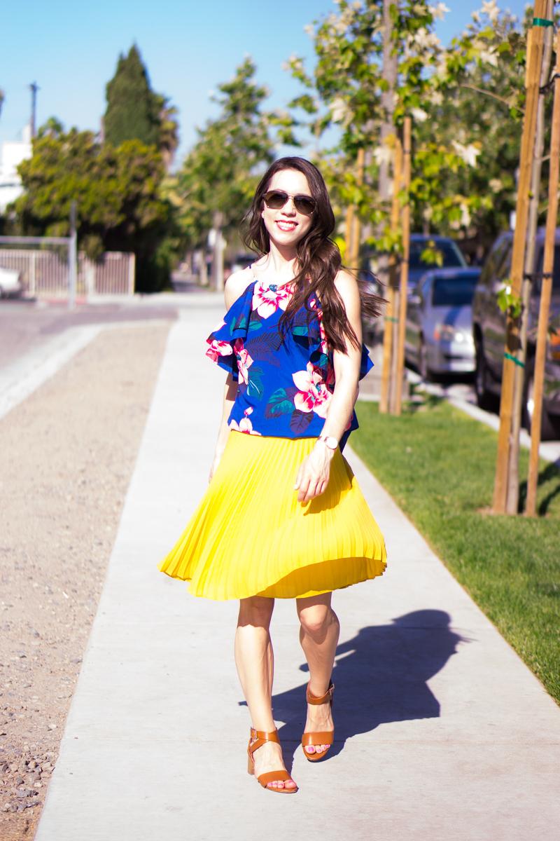 LOFT petite pleated yellow skirt petite 00   Banana Republic floral cold shoulder ruffle top blue white   Petite fashion   Petite Style   M. Gemi Attorno sandals   best yellow skirt