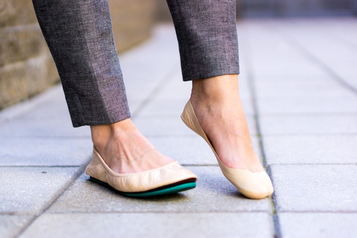 Best No Show Sock for Women | Sheec Solehugger Secret 2.0 review | Kickstarter campaign | Sock for ballet flats | Tieks ballet flats review | Sock for high heels & pumps | Salvatore Ferragamo bow heels | M. Gemi heels | Cole Haan bow heels | Michael Kors ivory pump | M.Gemi Pastoso loafer review | Silicone grip to prevent slippage | Banana Republic Sloan pants