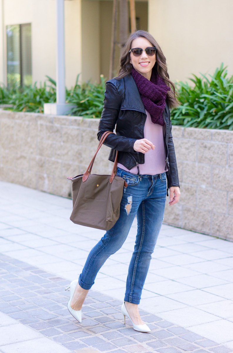 How to Outfit Plan for Fall Travel - Petite Style Script